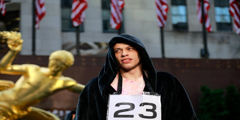 Saturday Night Love: Pete Davidson's Complete Dating History